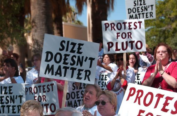 pianeta Plutone o no
