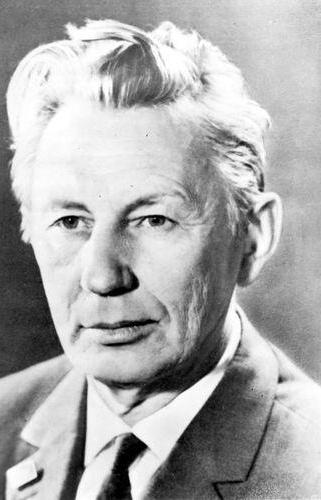 biografia di Mikhail Dudin