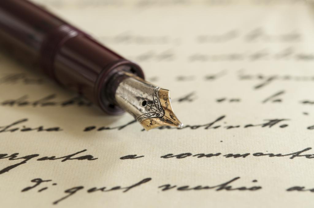 Pen - instrument pesnika