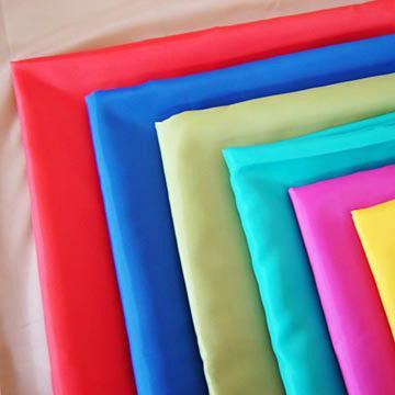 polyester jaký materiál