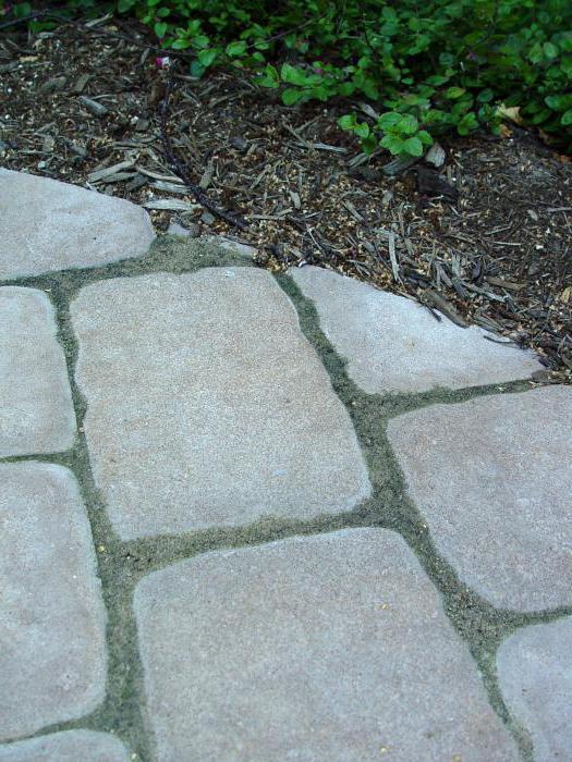 zalety płyty chodnikowej z piaskowca polimerowego