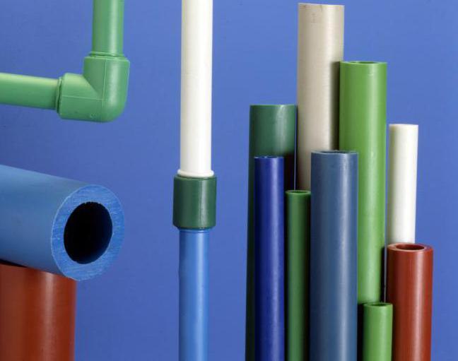 Installazione di riscaldamento da tubi in polipropilene
