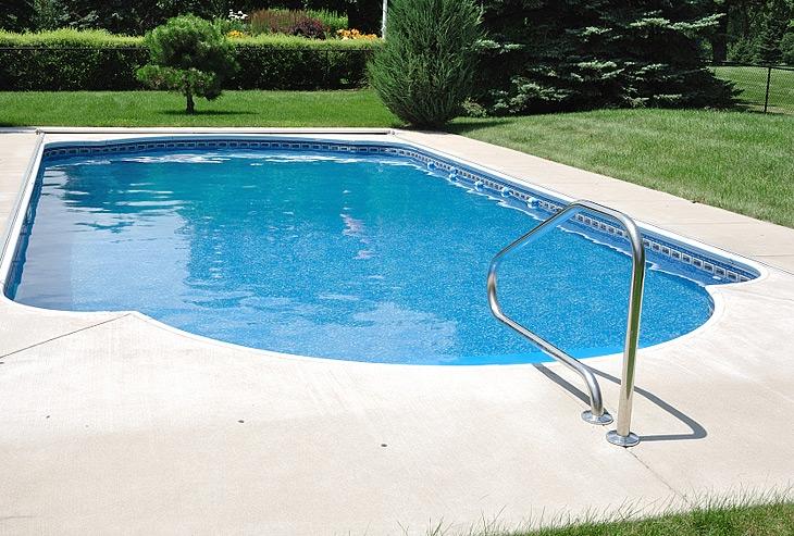 Design da piscina ad incasso