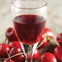 třešňový likér bez vodky