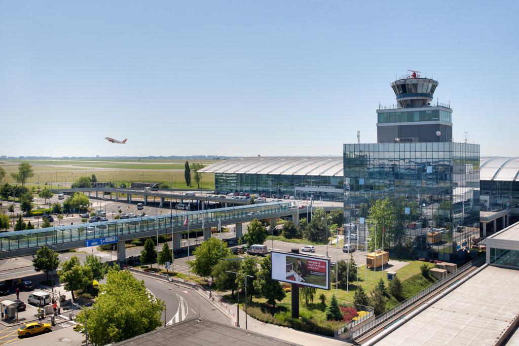 Летище Прага