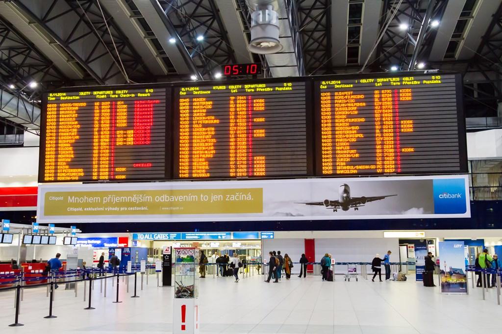 Летище Прага на борда: излитане и пристигане