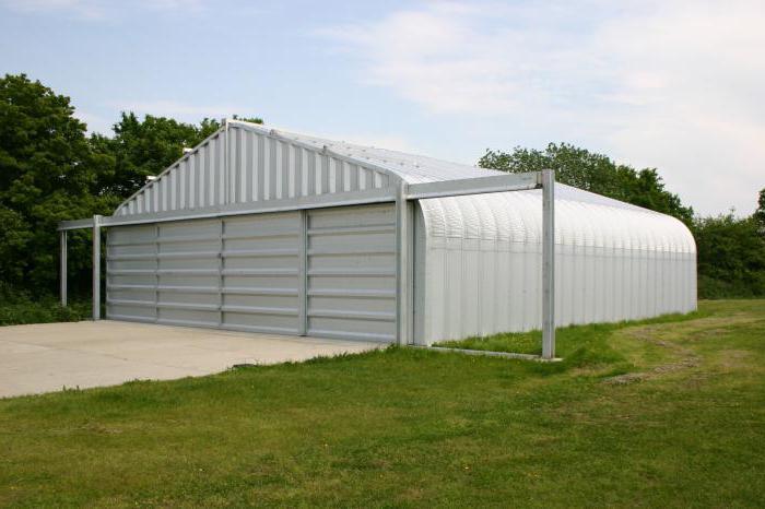 hangar di metallo per hangar