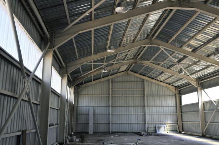 costruzione di hangar prefabbricati