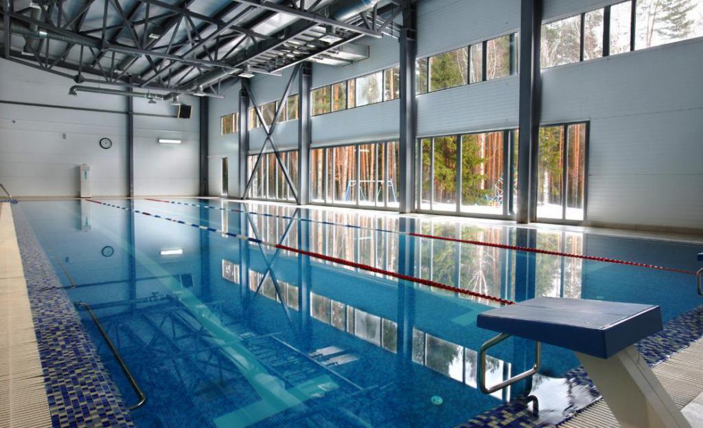 centro ricreativo piscina smeraldo