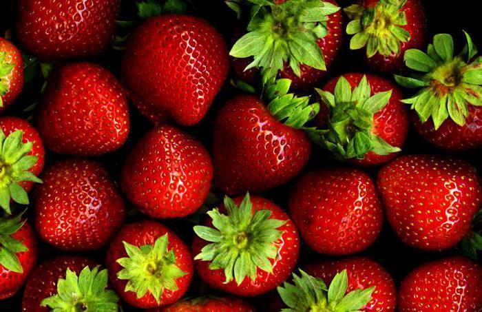 какви са червените плодове