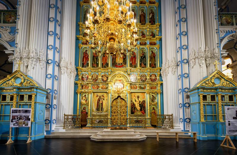 Ikonostas katedrale za vstajenje