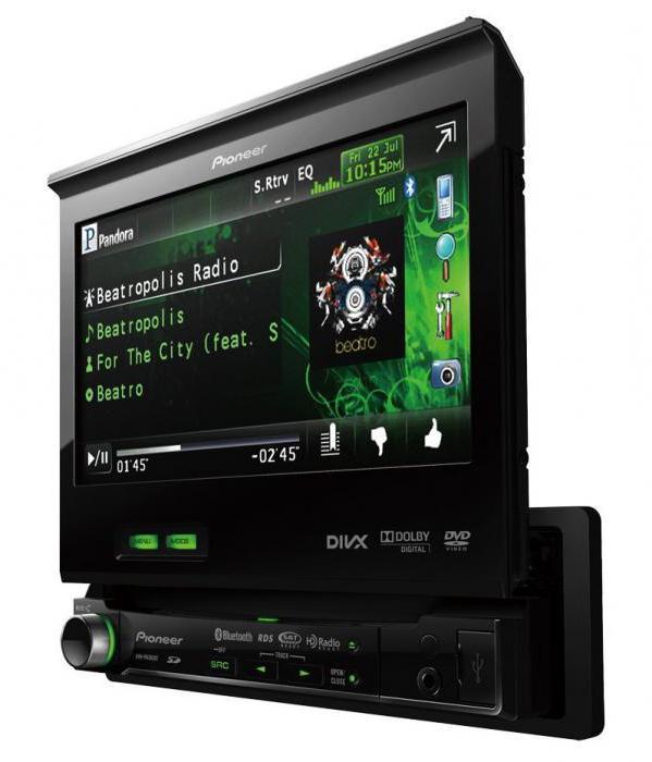 stereo per auto con schermo retrattile