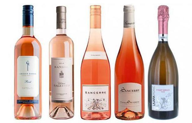 ružičasto slatko vino