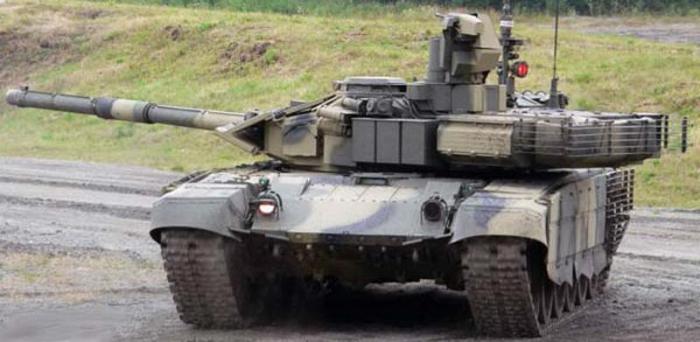 nuovo carro armato russo Armata