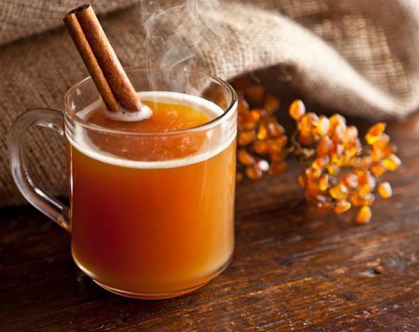 tè all'olivello spinoso con ricetta di zenzero e miele