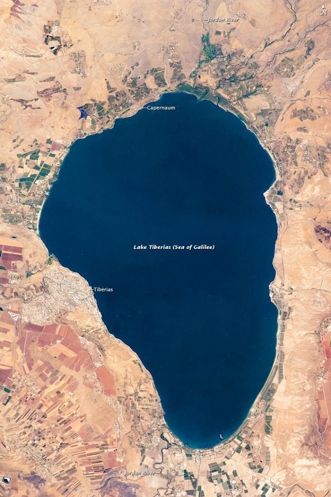 mare del lago tiberias galilee
