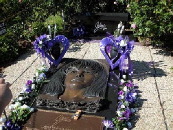 Selena Quintanilla Peres sepoltura