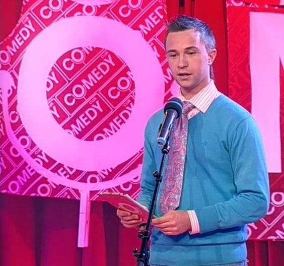 Sergey na pozornici Comedy Club
