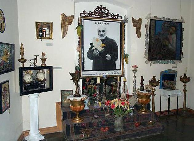 dipinti di sergey paradzhanova