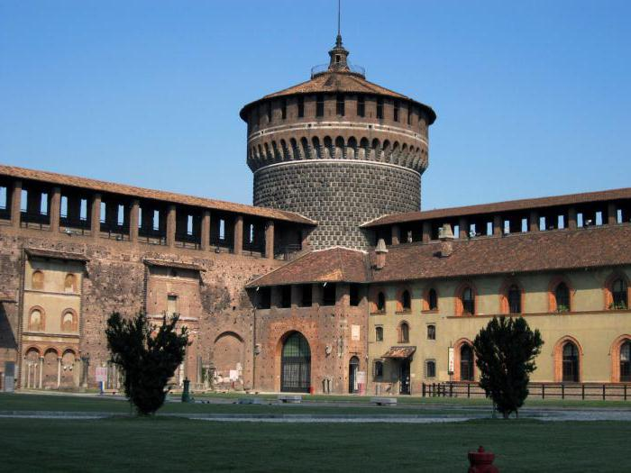 Дворац Сфорза у Милану