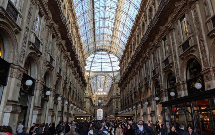 Сфорза Цастле ин Милан фото