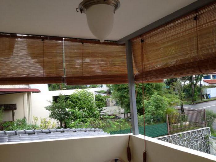 persiane sul balcone che è meglio