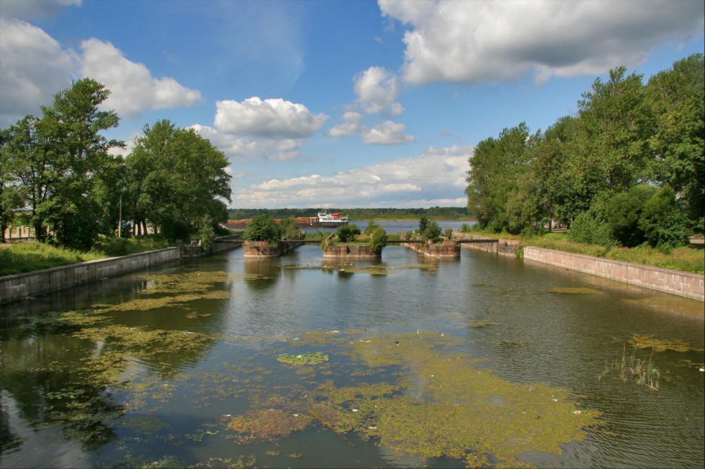 Staroladozhsky kanal