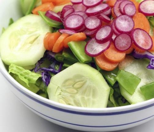 как да направите проста салата