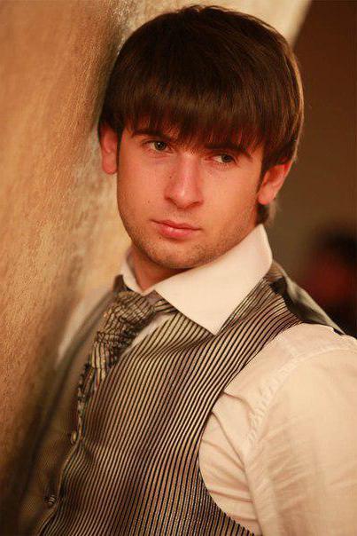 Biografia di Azamat Bishtov