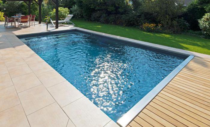 schiumatoio per piscina