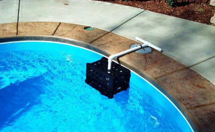 skimmer per pool frame