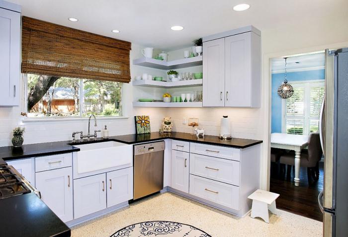 vogalna kuhinja za majhno kuhinjo