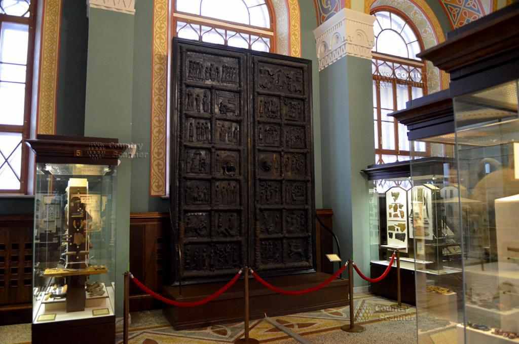 Copia delle porte di Novgorod