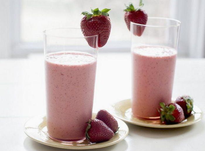 млечен шейк от ягоди