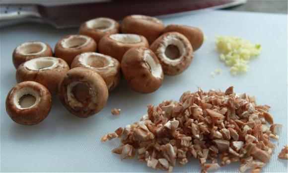 пуњене печурке шампињони у пећи