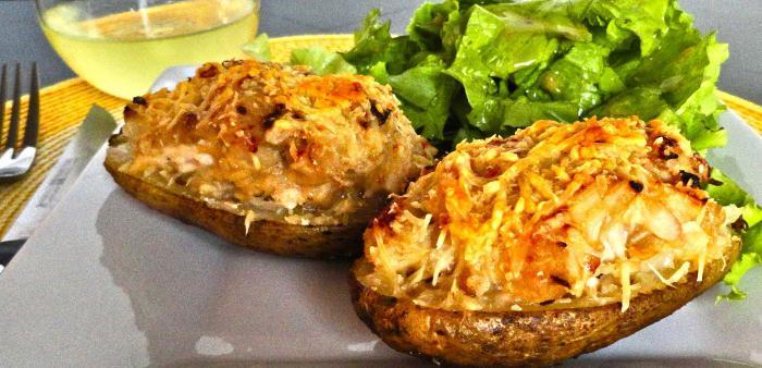 polnjeni krompir v receptu pečice