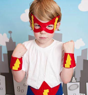 kostum superjunaka naredite sami