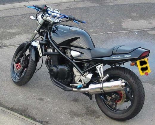 Suzuki Bandit 400 Specifiche