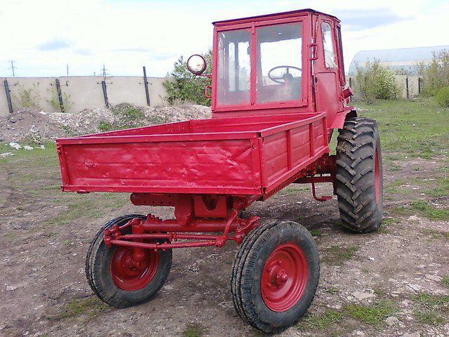 T-16 motor traktora
