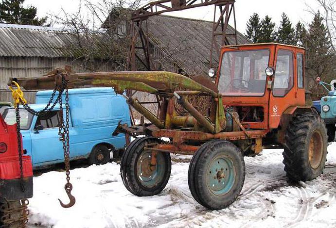 Rezervni dijelovi za traktor T-16