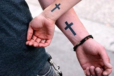 Tatuaż Krzyż Na Ramieniu Jego Znaczenie