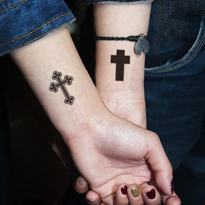 тетоважа на левој руци