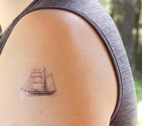 tatuaggio a portata di mano