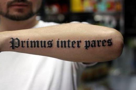 прекрасни натписи за тетовирање на руци