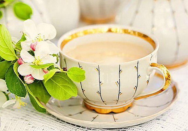 zalety herbaty z mlekiem i solą