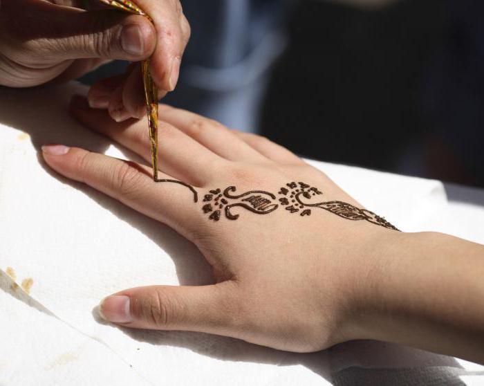Jak provést dočasné tetování?