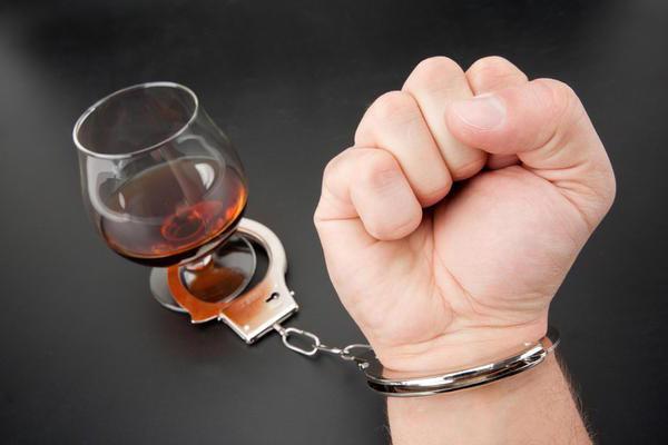 пристрастяване към алкохол