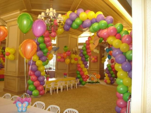 арка от хелиеви балони