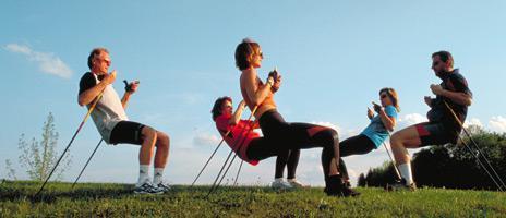 i benefici del nordic walking con recensioni di bastoni