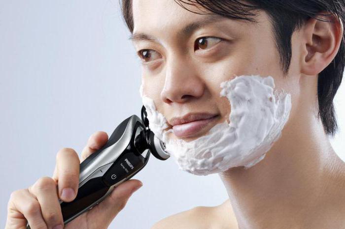 rasoio per barba e baffi